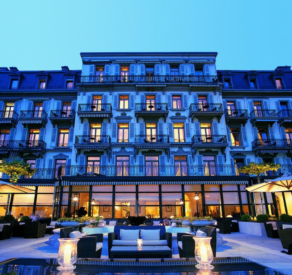Hotel des trois couronnes charlie chaplin museum vevey for Best boutique hotels geneva