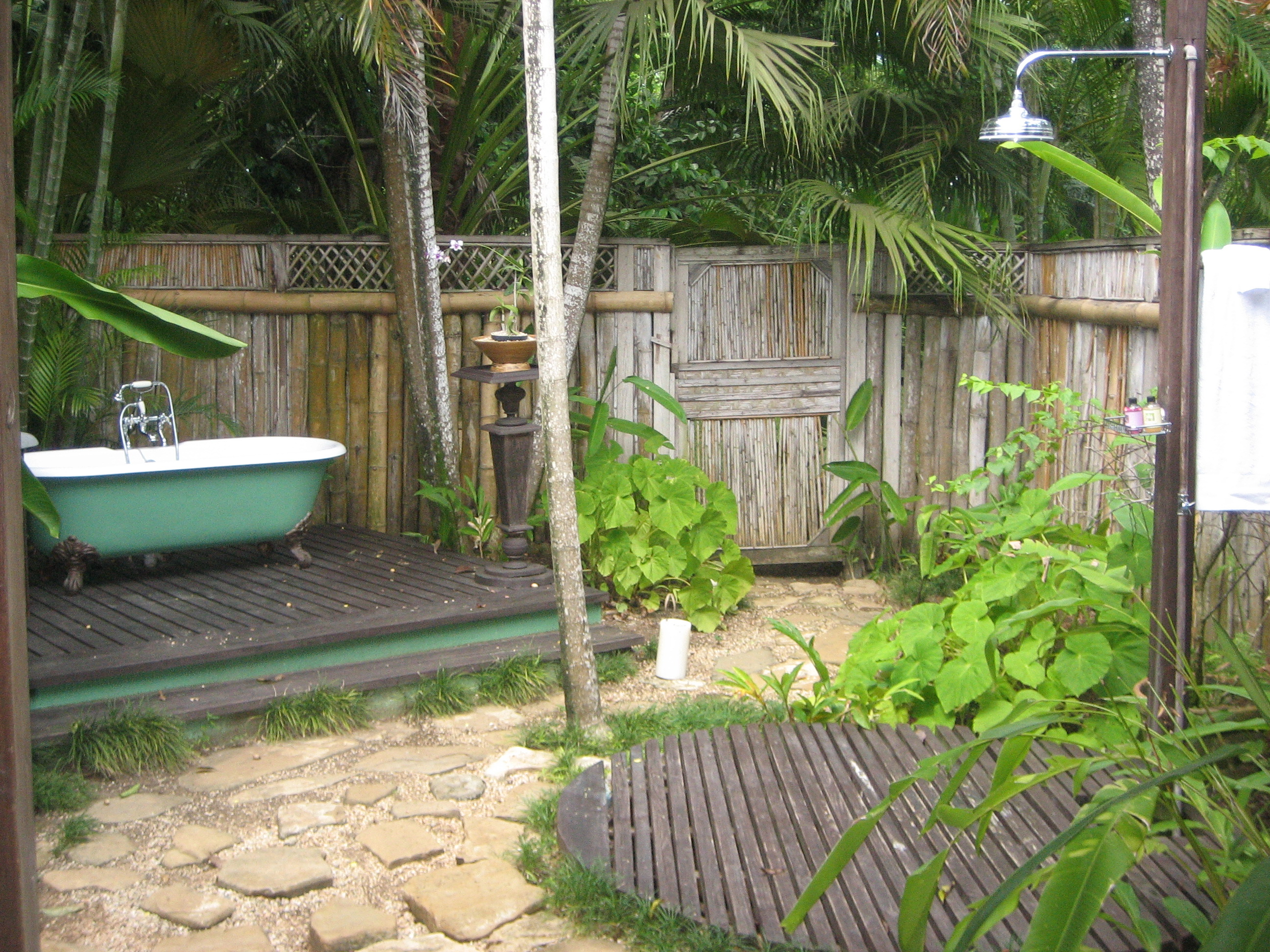 goldeneye jamaica cellophaneland