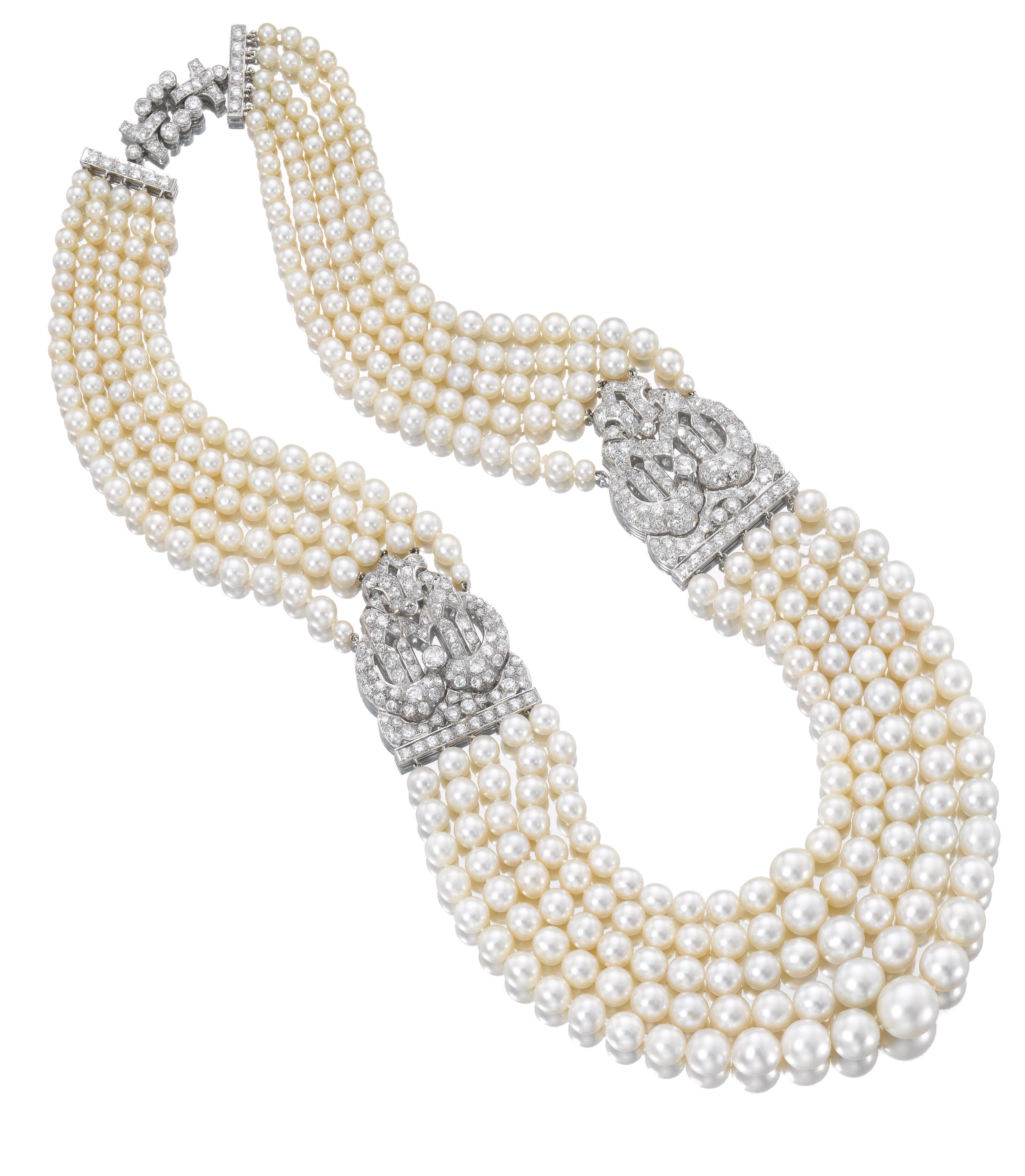 Necklace, natural pearls from the Gulf with platinum and diamond clasps The Qatar Museums Authority Collection 1930s by Cartier Photo © Sotheby's