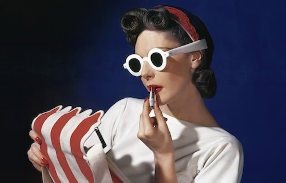Muriel Maxwell, American Vogue, 1939. © Condé Nast / Horst Estate