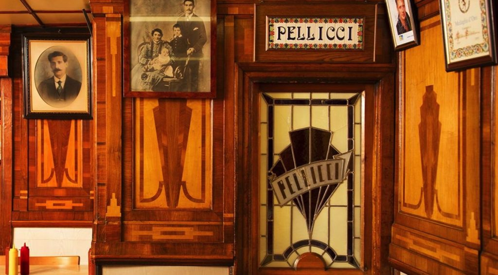 e-pellicci-cafe-bethal-green-london-1946 2