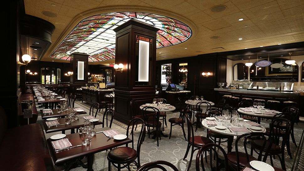 La Societe Bistro Montreal Loews Hotel Vogue https://www.cellophaneland.com