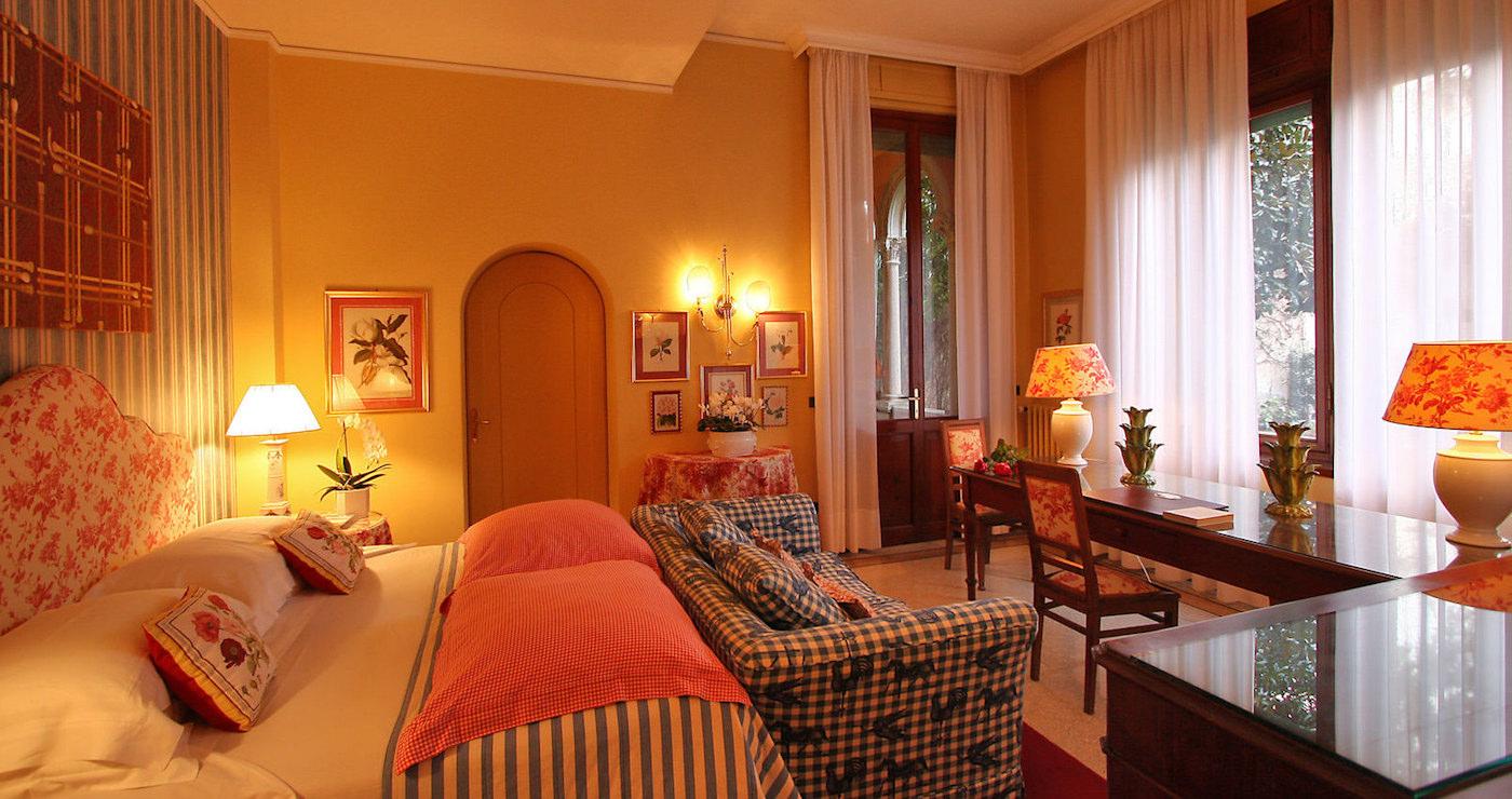 Hotel Abbazia Follina, Veneto, bedroom suite