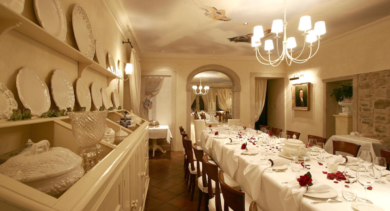 Hotel Abbazia Follina, Veneto Sala de te, bistro La Cantinetta, La Corte