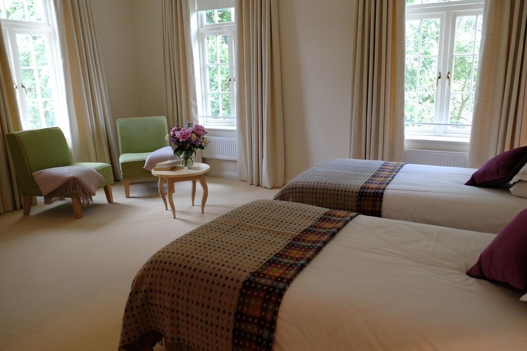 Maharishi Peace Palace Rendlesham Suffolk Bedroom
