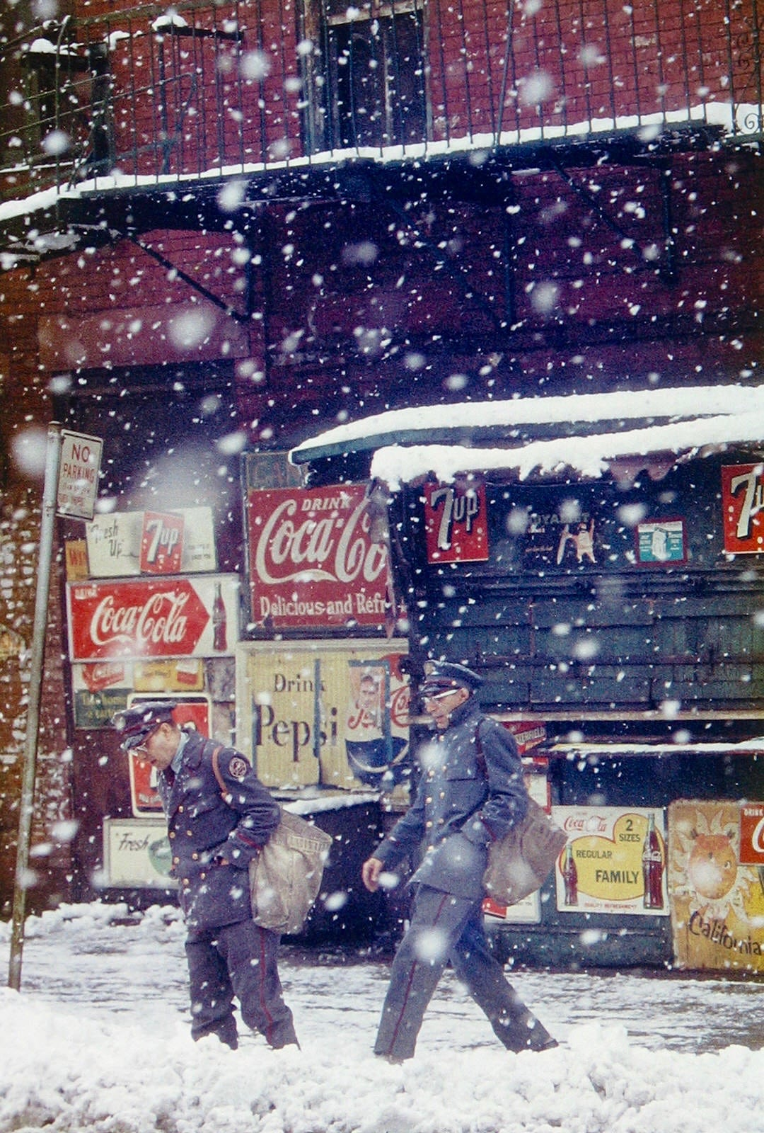 Postmen-1952 Saul-Leiter-Straf-Hat Saul Leiter: Retrospective - The Photographers Gallery, London