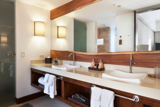 El Mangroove Hotel bathroom