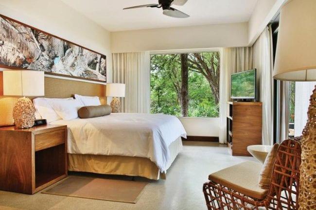 El Mangroove bedroom