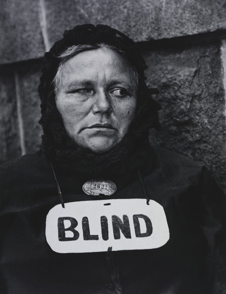 _88794449_blind_woman_new_york_1916_by_paul_strand__paul_strand_archive_aperture_foundation