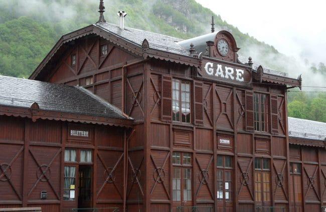 Cauterets Hotel du Lion d'Or Gare