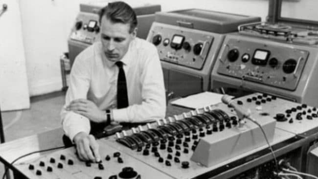 The Kenneth Womack Conversation - An interview with George Martin Producer of the Beatles Maximum Volume Womack