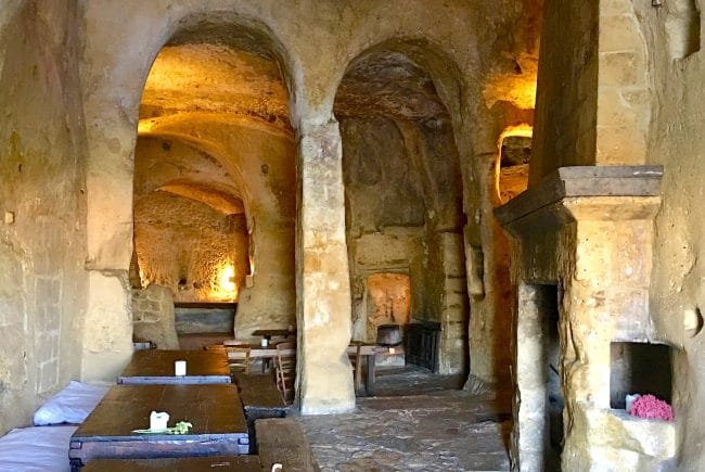 Sextantia Le Grotte della Civita