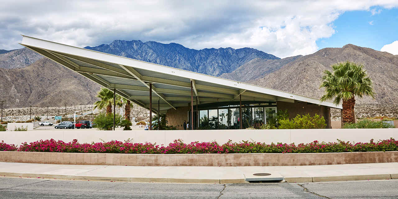 Palm Springs Visitor Centre