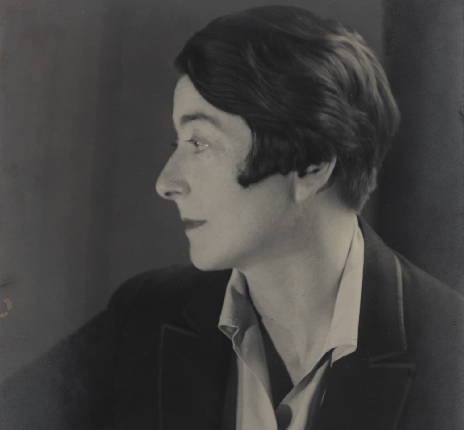 Eileen Gray Her Life and work Peter Adam Thames & Hudson