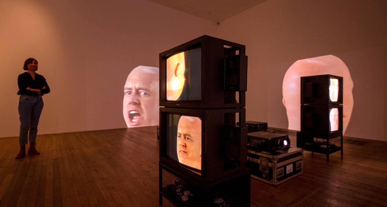 Anthro/Socio Bruce Nauman
